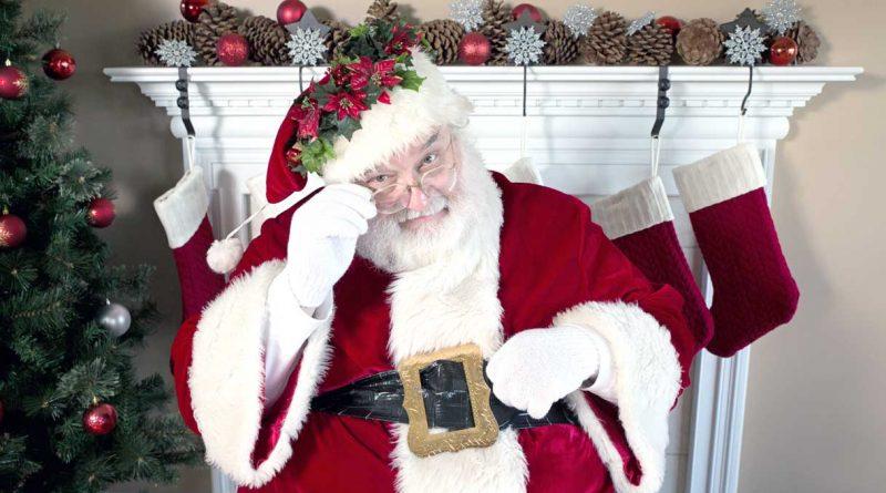 La Foto Di Babbo Natale.Broni Il Nuovo Villaggio Di Babbo Natale Con Luci E Musiche Natalizie